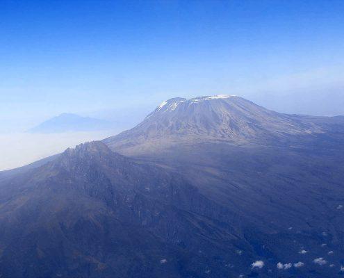 Kilimandscharo aus der Luft