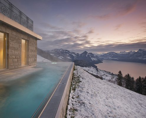 Pool in den Sunnmore Alps