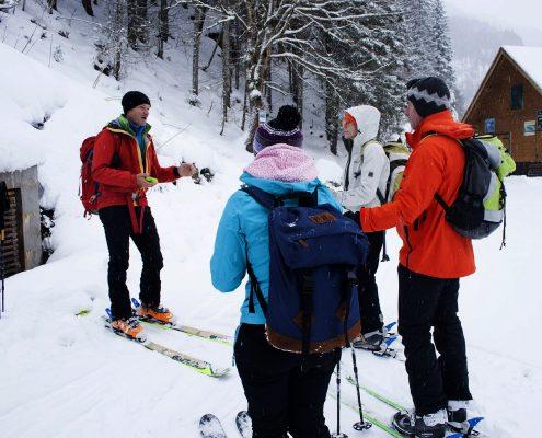 Skitourenkurs Gosau Ausruestungskunde